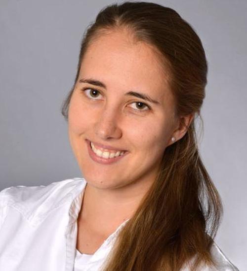 Dr. Anne Butzki